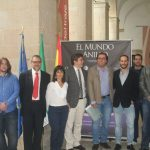 Presentación de El Mundo Anillo - Foto de los participantes en el proyecto